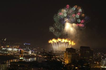 WEBN Fireworks 2011, Cincinnati, OH  USA